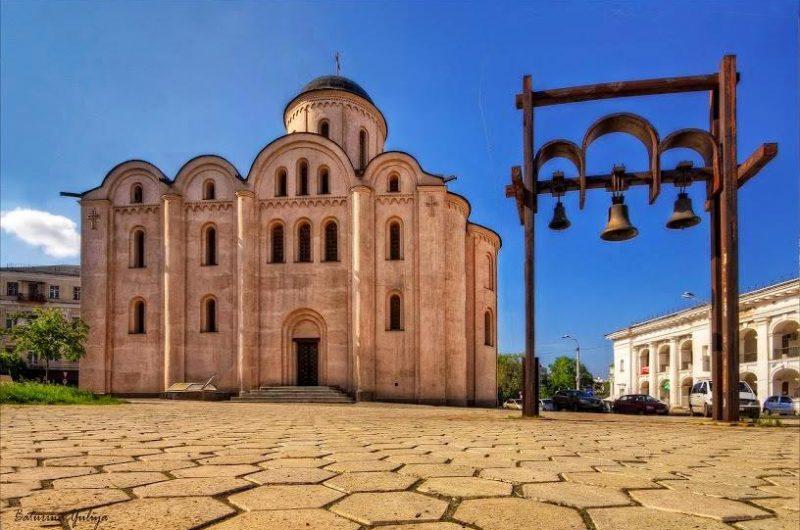 Церковь Успения Богородицы Пирогощи на Подоле